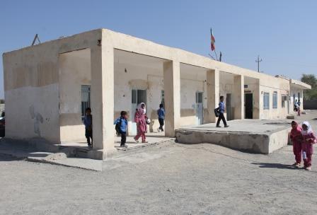 مدرسه ۵۳ساله وزیری رودان هرمزگان بازسازی می شود