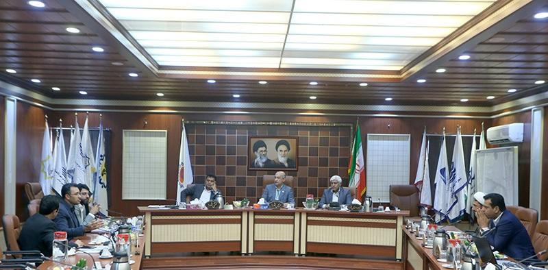 تصویب نرخ های پیشنهادی کرایه تاکسی و اتوبوس بندرعباس به جلسه بعد موکول شد