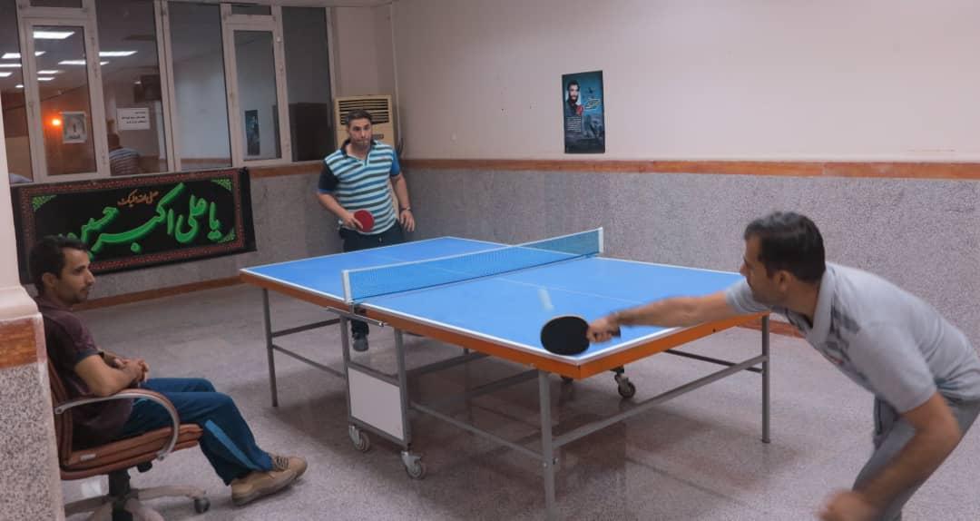 استاد دانشگاه پیام نور ابوموسی قهرمان تنیس روی میز جزیره شد
