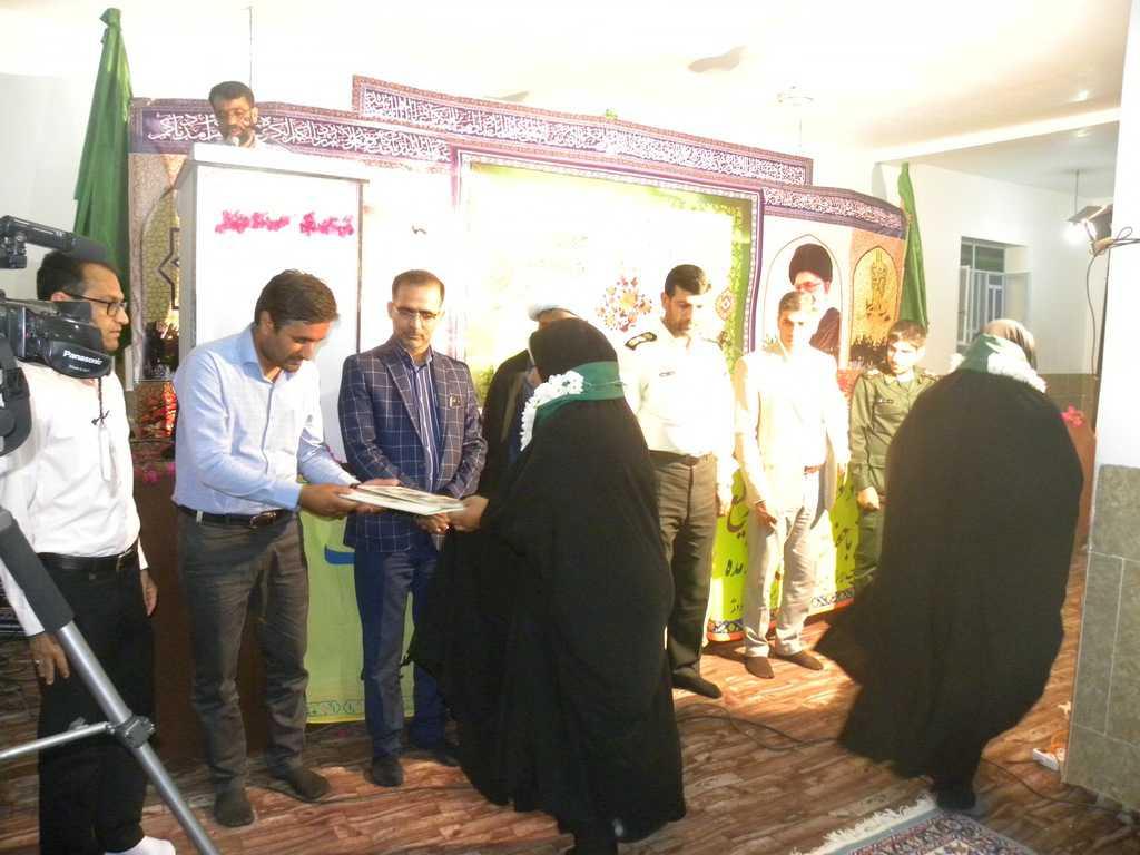 محفل انس با قرآن در نودژ برگزار شد.