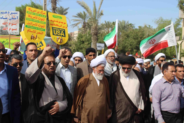 حجتالاسلام سید محمود وزیری: شعار مرگ بر آمریکا ریشه قرآنی دارد/دشمن به دنبال نا امید کردن جوانان از انقلاب است+تصویر