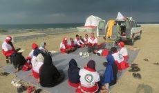 حضور اعضای تیم بهداشت و درمان درمان اضطراری(BHCU) جمعیت هلال احمر استان هرمزگان در اردوی زندگی در شرایط سخت