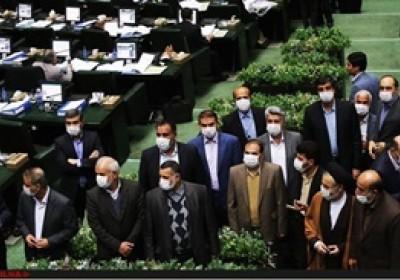 سکوت آزار دهنده ی مجلس نهم در برابر تخلفات دولت نهم/مقصران غارت اموال ایران چه زمانی جواب پس می دهند؟