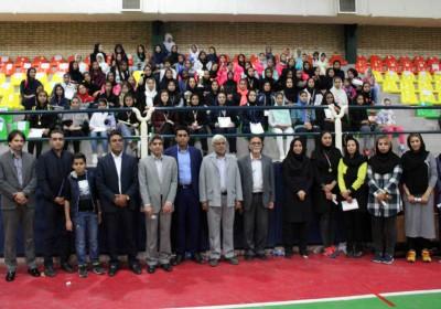 اختتامیه اولین دوره مسابقات هندبال کارگری بانوان هرمزگان با حضور ۱۰ تیم از سراسر استان+تصویر