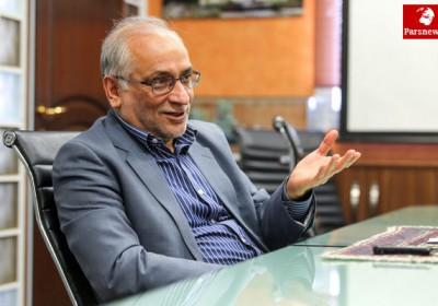 استاندار سابق کرمان : ما هواپیمایی ماهان تاسیس کردیم ،دوستان شما هم بانک رسالت هر دو افتخار کرمان است