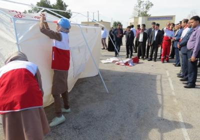 برگزاری بیستمین مانور زلزله و ایمنی در دبیرستان دخترانه نفیسه شهرستان بندرعباس