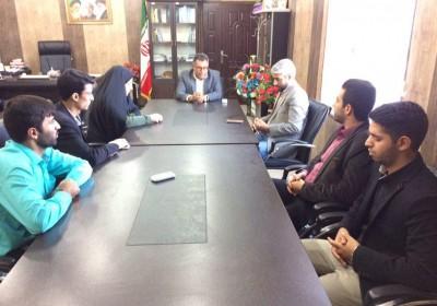 به مناسبت ۱۲ آذر روز جهانی معلولین ،مدیر و کارکنان بهزیستی شهرستان با فرماندار فاریاب دیدار و گفتگو کردند