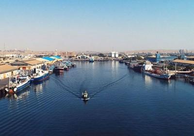 عملیات لایروبی کانال ورودی بندر شهید باهنر آغاز شد