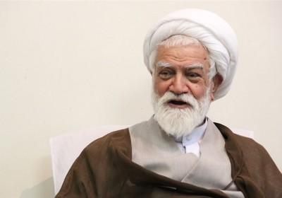 🔸آیت الله نعیم آبادی در دیدار با جمعی از فعالان سیاسی:نمی توانم هرمزگانی نباشم