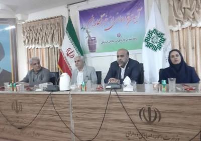 مدیر کل مالیات ودارایی استان هرمزگان از خبرنگاران تجلیل کرد