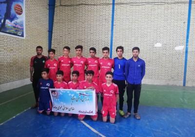 نوجوانان پرسپولیس چراغ آباد جام را بالای سر بردند.