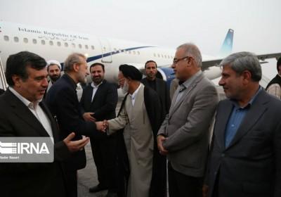 لاریجانی، رئیس مجلس شورای اسلامی در بدو ورود به بندرعباس:ما خواستار امنیت در منطقه هستیم/ کشورهای منطقه باید قدردان نیروهای مسلح ایران باشند