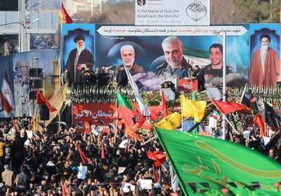 اورژانس: تعدادی از تشییع کنندگان پیکر سردار سلیمانی در کرمان بر اثر ازدحام جمعیت جان باختند