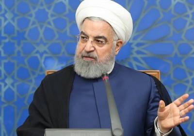 روحانی: کاه را کوه کردن در مشکلات کشور هنر نیست؛ در طرف خودشان نیز کوه را کاه کردن اخلاقی نیست / گفتمان ما از ابتدا در داخل اعتدال و در خارج از ایران تعامل بوده / افراط و تندروی را نمیپسندیم؛ میدانیم به ضرر کشور خواهد بود / آمریکا به برجام ضربه سیاسی بزند، اقدام قاطع ایران را خواهد دید؛ تاکنون ضربه اقتصادی زده اند، ما نیز بخشی از تعهدات را کنار گذاشتیم / هر زمان که ۴+۱ به تعهدات خود در برجام بازگردد، ما نیز به تعهدات خود در برجام بازمی گردیم