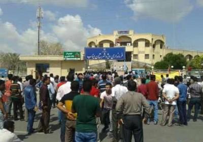 اعتراض کسبه و بازاریان میناب به نیروی انتظامی