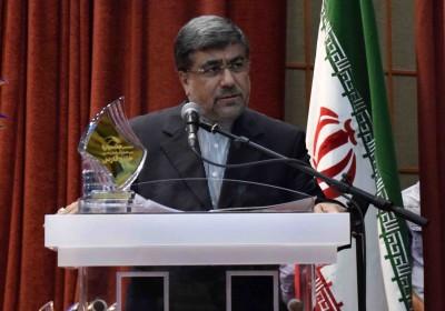 علی جنتی در اختتامیه خلیج فارس: ما سعی داریم با تعامل با کشورهای منطقه برمشکلات فائق آییم